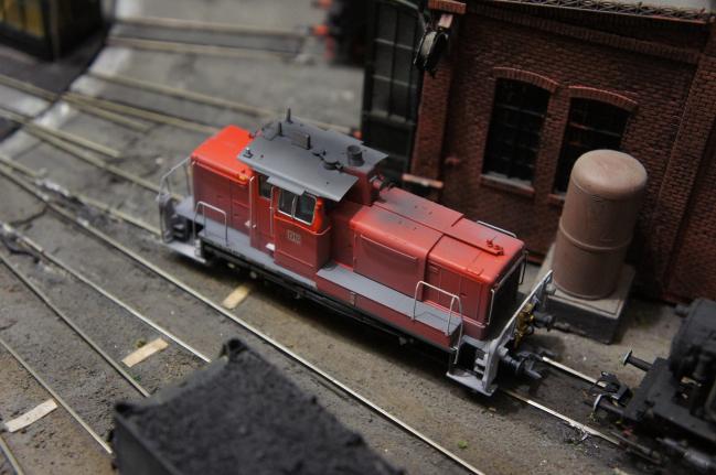 Dernière nouveauté ESU:le locotracteur V60 de le DB