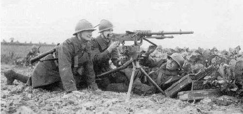 La mitrailleuse de 8 mm Hotchkiss modèle 1914