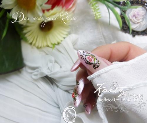 kaity des roses pour Rosie 2 main droite le 21.jpg