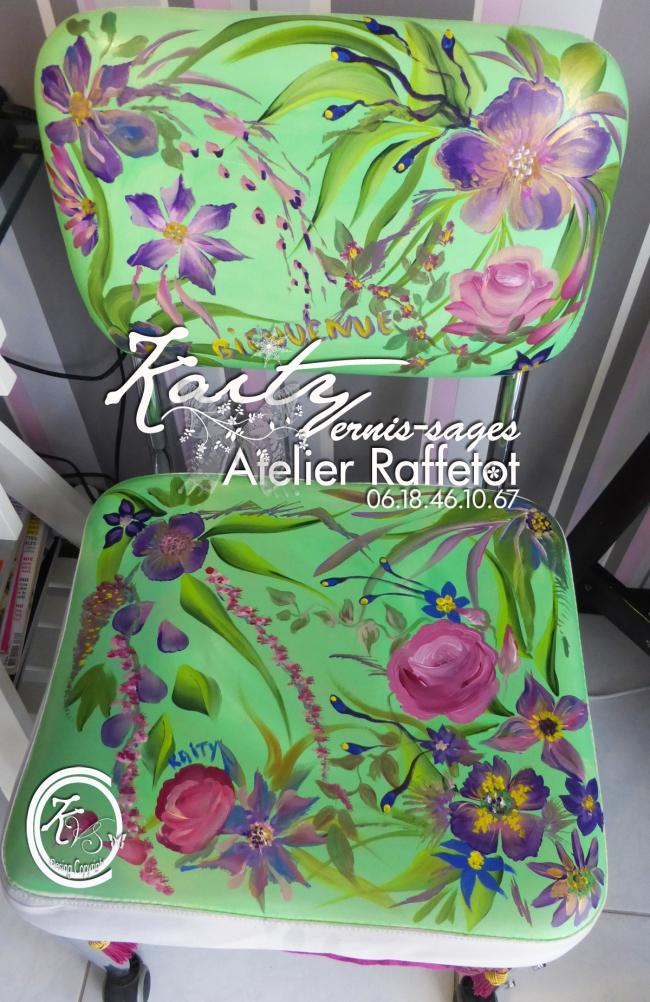 ma chaise cliente peinte le 21.jpg