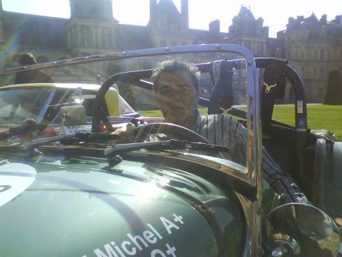 Depart du rally au chateau de Fontainebleau !!