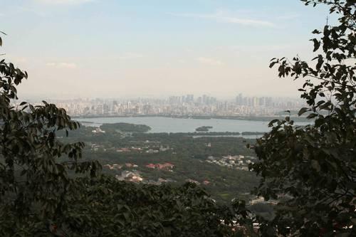 collines au dessus d'HZ-24-09-13 - 14850.jpg