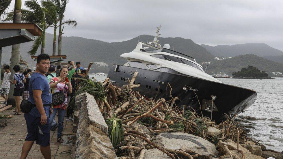 Yacht-de-luxe-Sai-Kung.jpg
