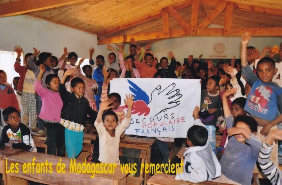 merci des enfants Madagascar.jpg