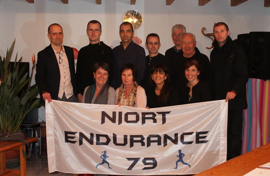r sultats photos courses pied endurance 10 km marathon foul es trail niort endurance 79. Black Bedroom Furniture Sets. Home Design Ideas