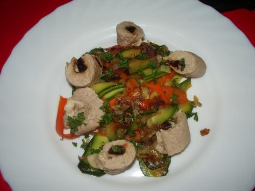 Ballotine de veau poché lamelle de légumes croquants.JPG