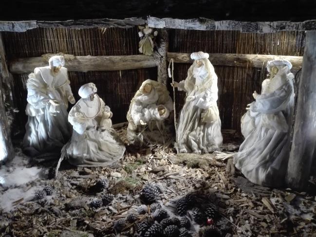 Crêche de Noël patio Mairie de Perpignan