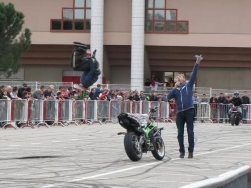 stunt15.jpg