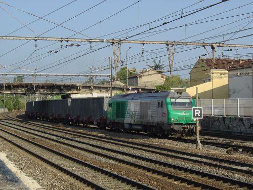 2011.08.25 train des gadoues entrant à Miramas