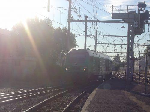 2012-08-08 Miramas / 75065 rentre au dépôt