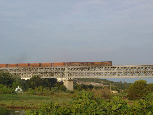 2011-06-17.3 viaduc de caronte Martigues