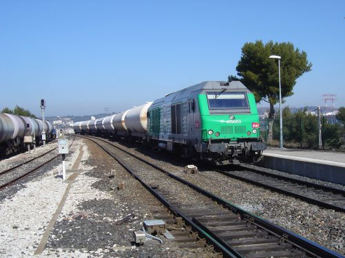2012/02  75000 entrant en gare de Martigues