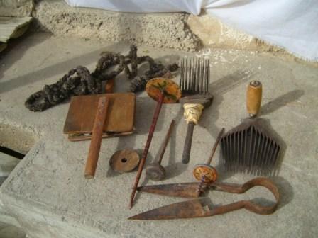 Objets utilisés pour le travail de la laine