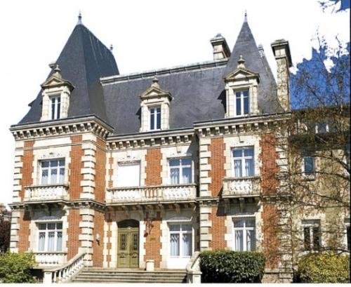 Le château Baratoux.jpg