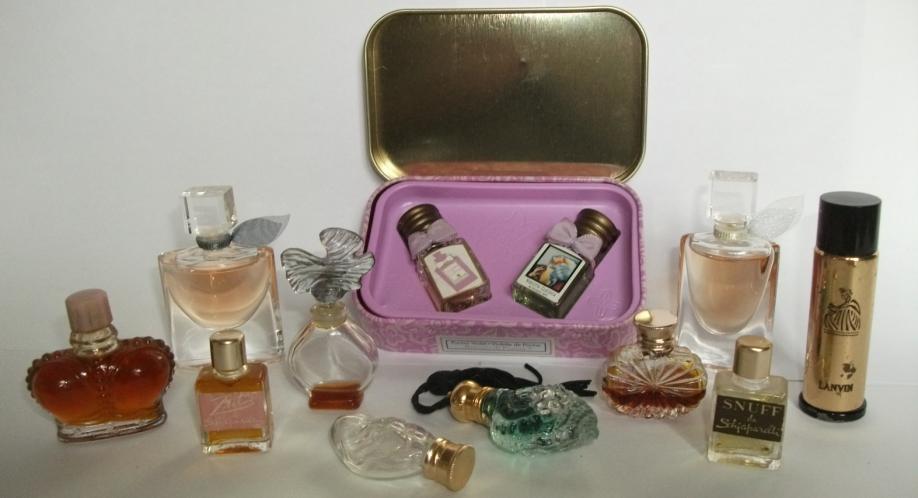 page accueil miniatures de parfum.png