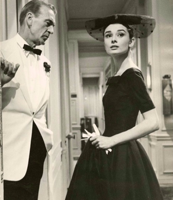 GIVENCHY HEPBURN COOPER 1957 Love in the afternoon.png