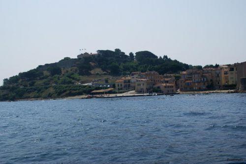le fort et le village de St tropez