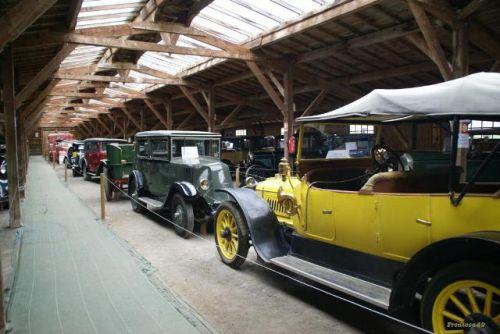 Très belle collection de voitures anciennes