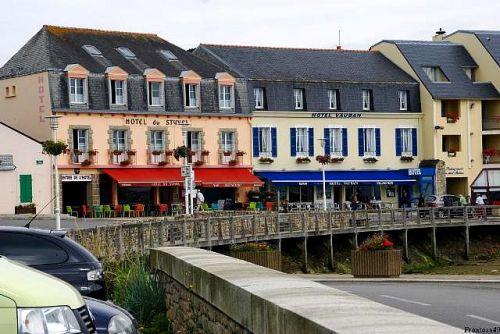 Hotel de Camaret sur le port