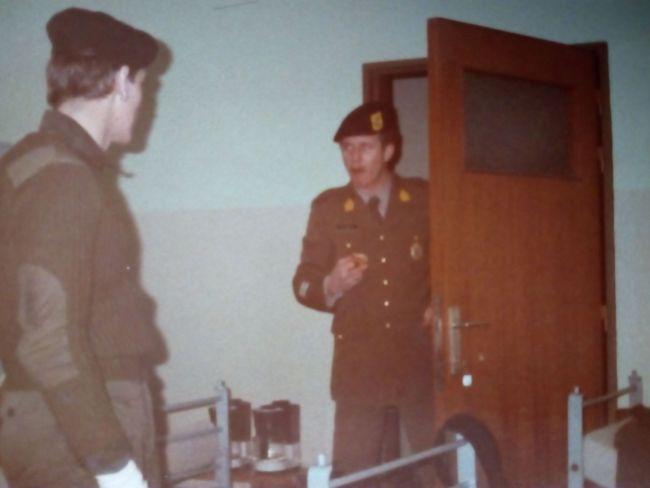 4chch, premier maréchal des logis DEROECK Alain, janvier 1983, avec ELOY françis