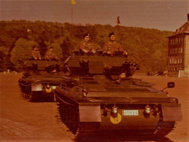 Le Bravo 15 avec ? sur le deuxième véhicule Yves Doensen