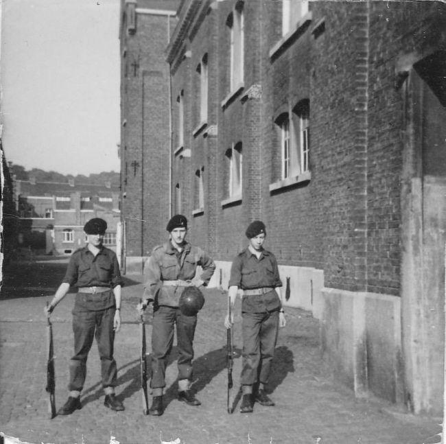 Caserne Léopold à Namur pendant nos trois jours en juillet 1969.