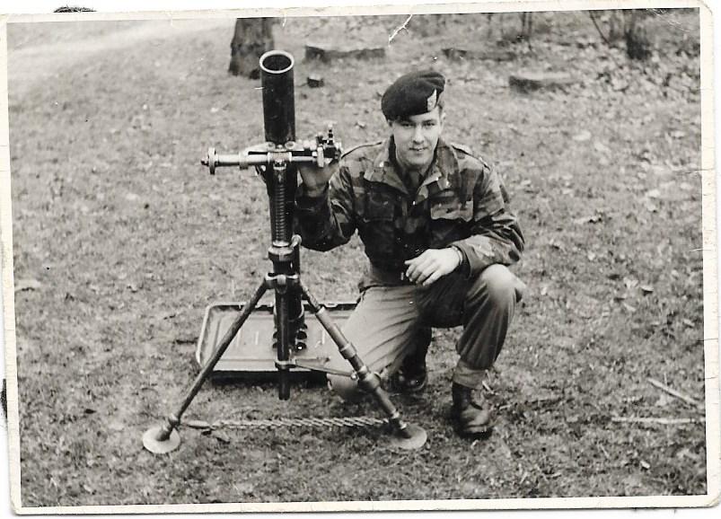 Mortier 81mm plus gros que le canon du M41 76mm