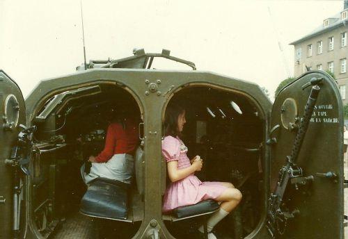Ma soeur dans un AMX 13