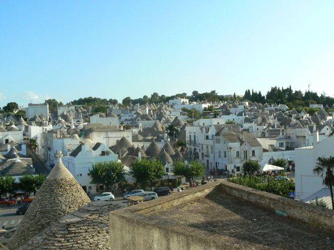 Départ Italie 2016 du sud au nord 18 jours Alberobello1