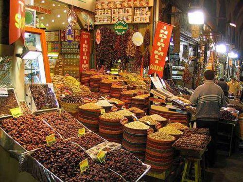 Marché egyptien (épices et senteurs)