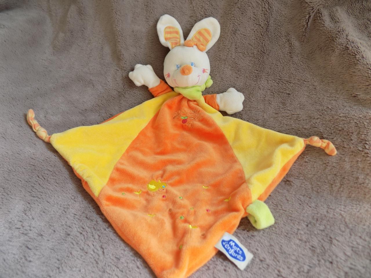 V35 doudou lapin orange et jaune avec poussin mots d 39 enfants occasion en tr s bon tat - 4 images 1 mot poussin lapin ...
