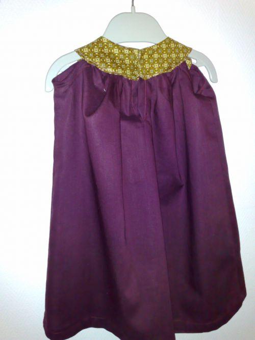 robe à col rond (dos)
