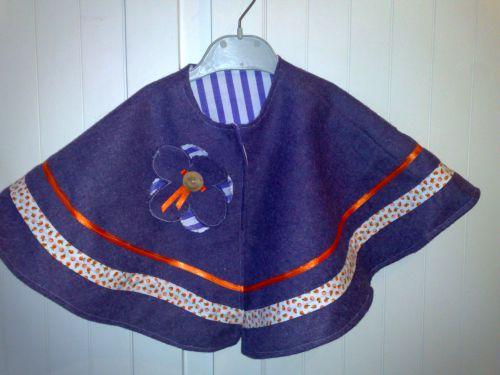 Cape pour bébé (laine et coton)