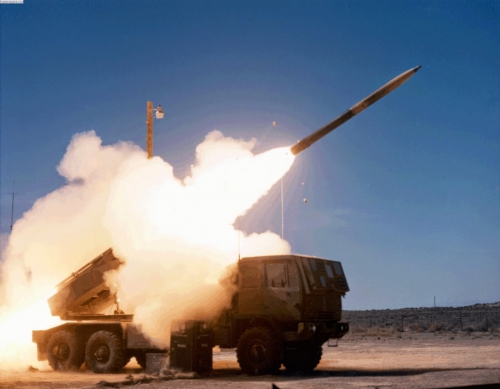 himars_firing Lockheed Martin GMLRS Alternative Warhead Logs Successful Flight-Test Series Shifts To Next Testing Phase.jpg