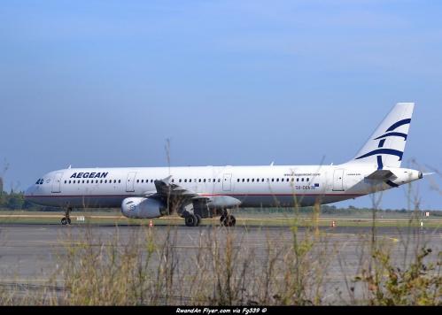 A-321 Aegean 24-10-2012.jpg