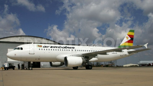 1369314110-air-zimbabwe-receives-a-new-airbus-a320_2078929.jpg