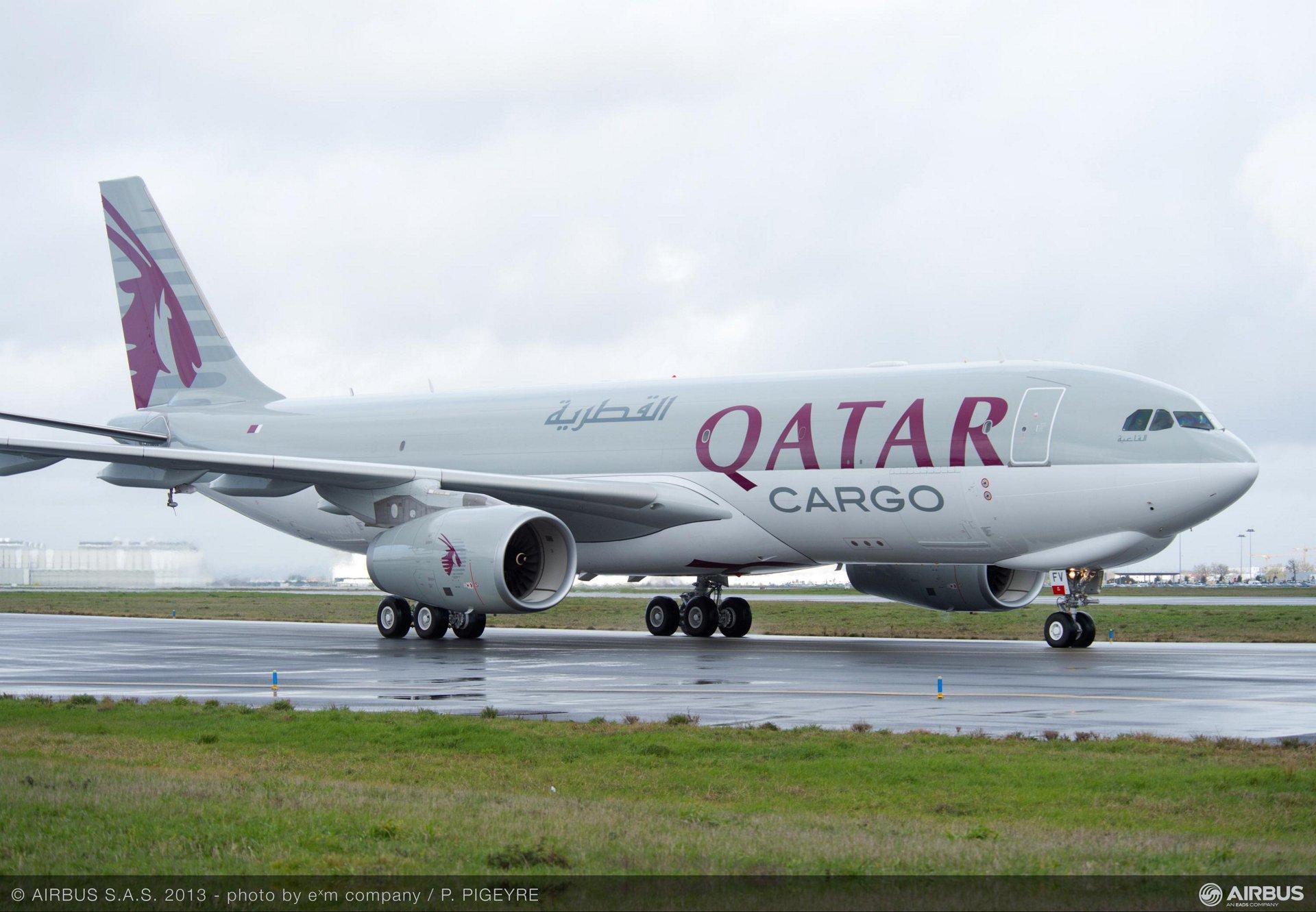 Qatar_A330-200F_cargo_aircraft.jpg