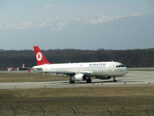 brussels airlines turkish airlines rwanda rwanda aviation and tourism news
