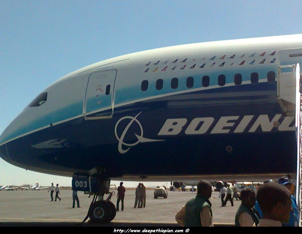 The Dreamliner lands in Africa - Rwanda Aviation and Tourism News,