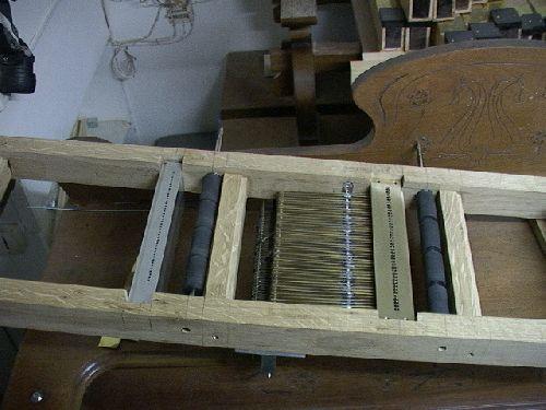flute de pan pneumatique et clavier mecanique
