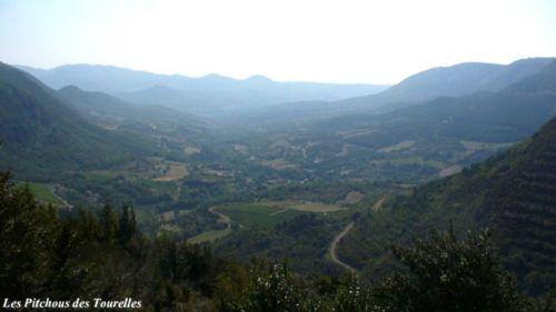 Voici la vallée de Lauroux vu des plus hauts pâturages !