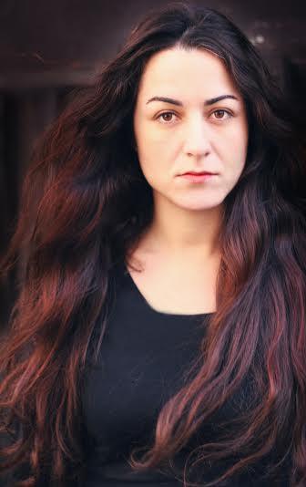 Portrait Najoua Darwiche - cr+®dits Jos+®phine Lointaine.jpg