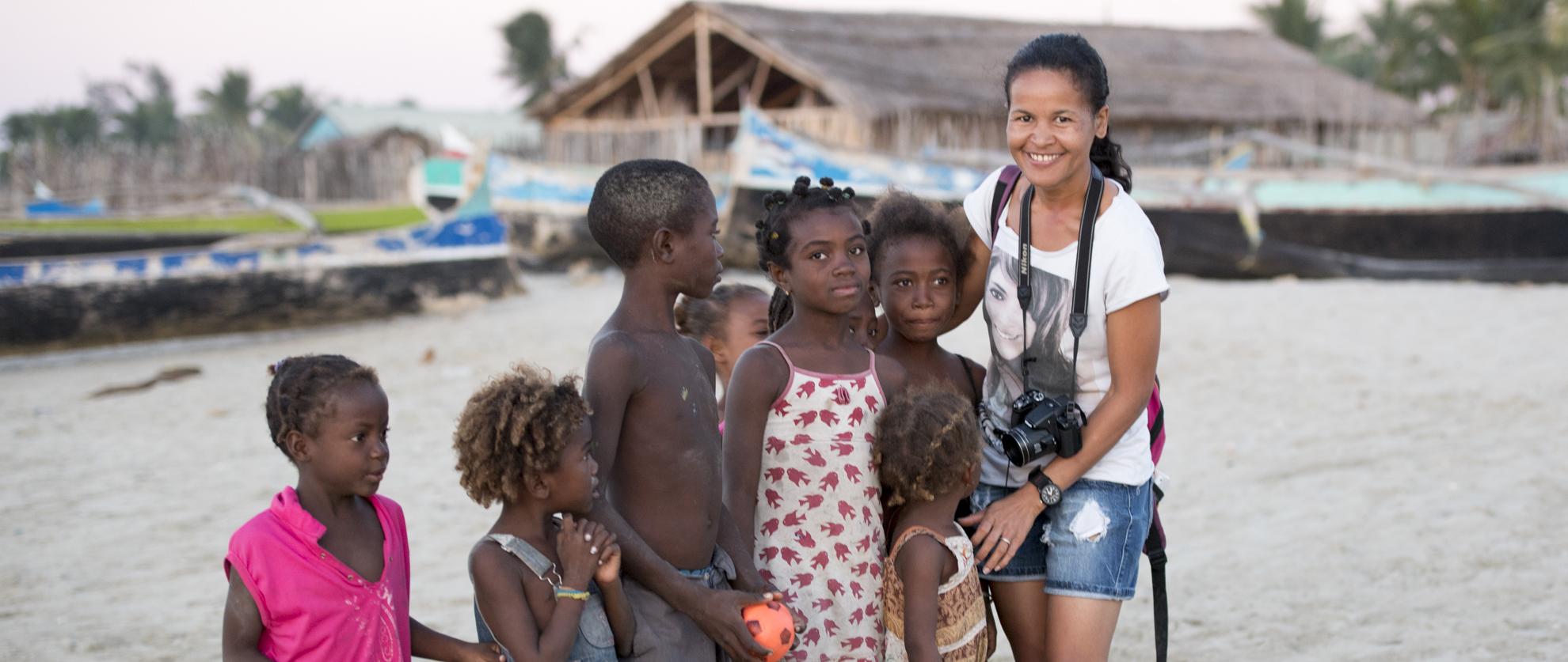 VIVIENNE BAO                     - TOUR GUIDE               - MADAGASCAR