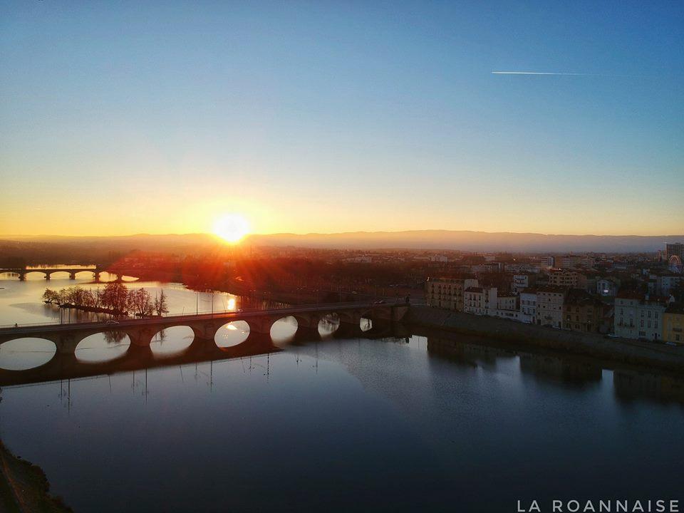 Coucher de soleil sur la Loire à Roanne 42.