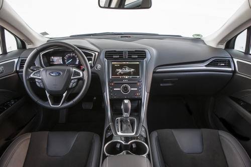 FordMondeo-Hybrid_13.jpg