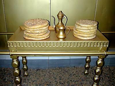 Table_des_pains_de_proposition_du_Tabernacle_tb_n030301.jpg