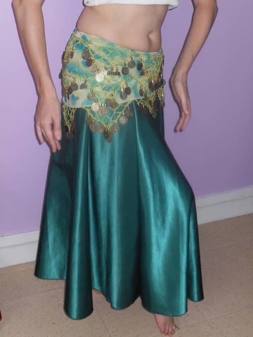 Costume-danse-orientale-vert-irisé-éva-2.JPG