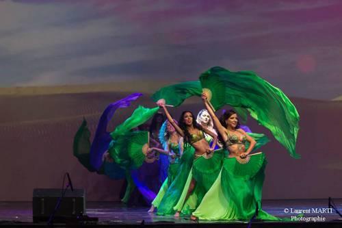 Danseuses_orientales_marseille_quartiers_en_lettres_capitales_dome_iman_les_roses_du_djenaa_15.jpg