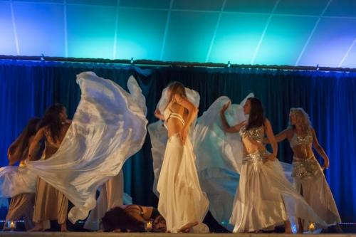 photos_danseuses_orientalesmarseille_aix_aubagne_laciota_les_roses_du_djenaa_la_rivière_des_3_lunes_fly_2jpg.jpg