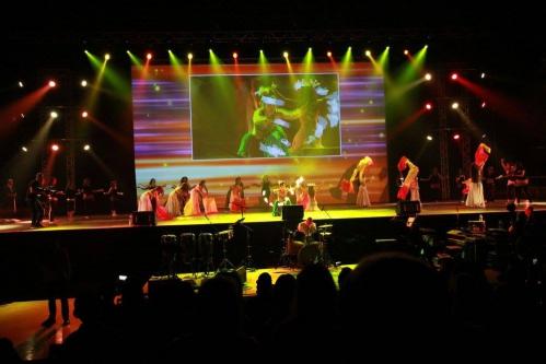 3Lunes_le_spectacle_QLC_marseille_dome_danse_orientale_conte_iman_fernandez_1.jpg